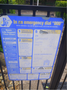 Example of damaged CPR sign